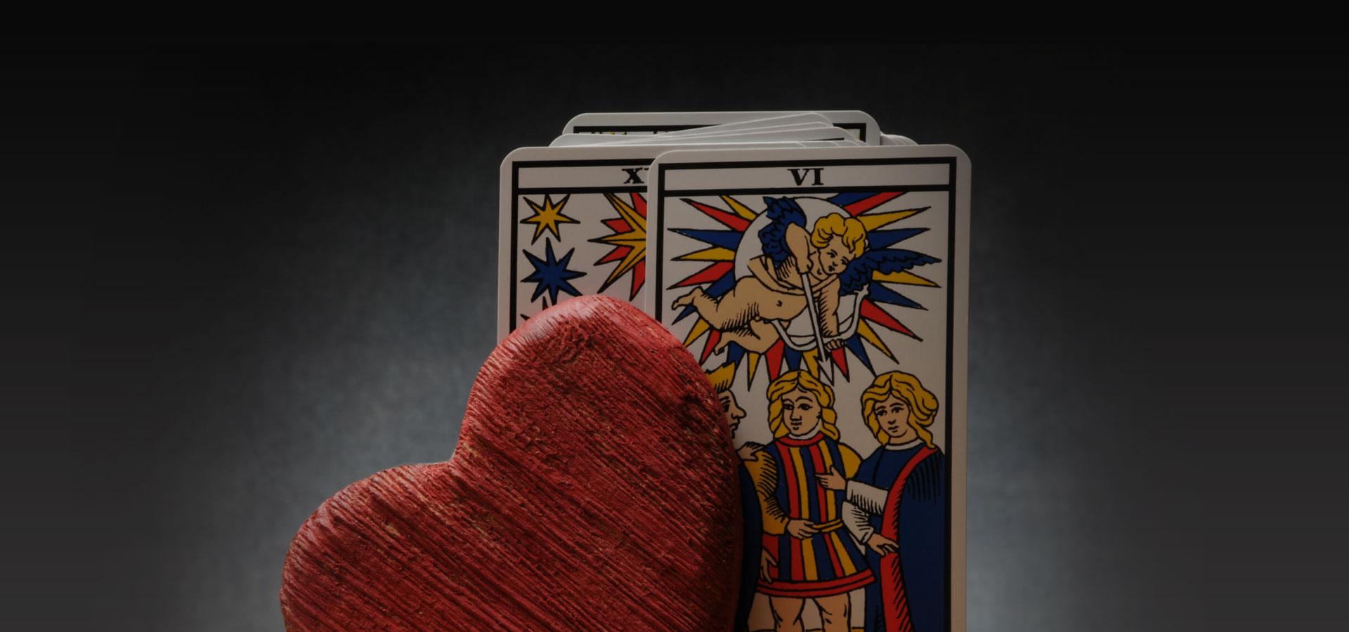amour entre la magie et la voyance